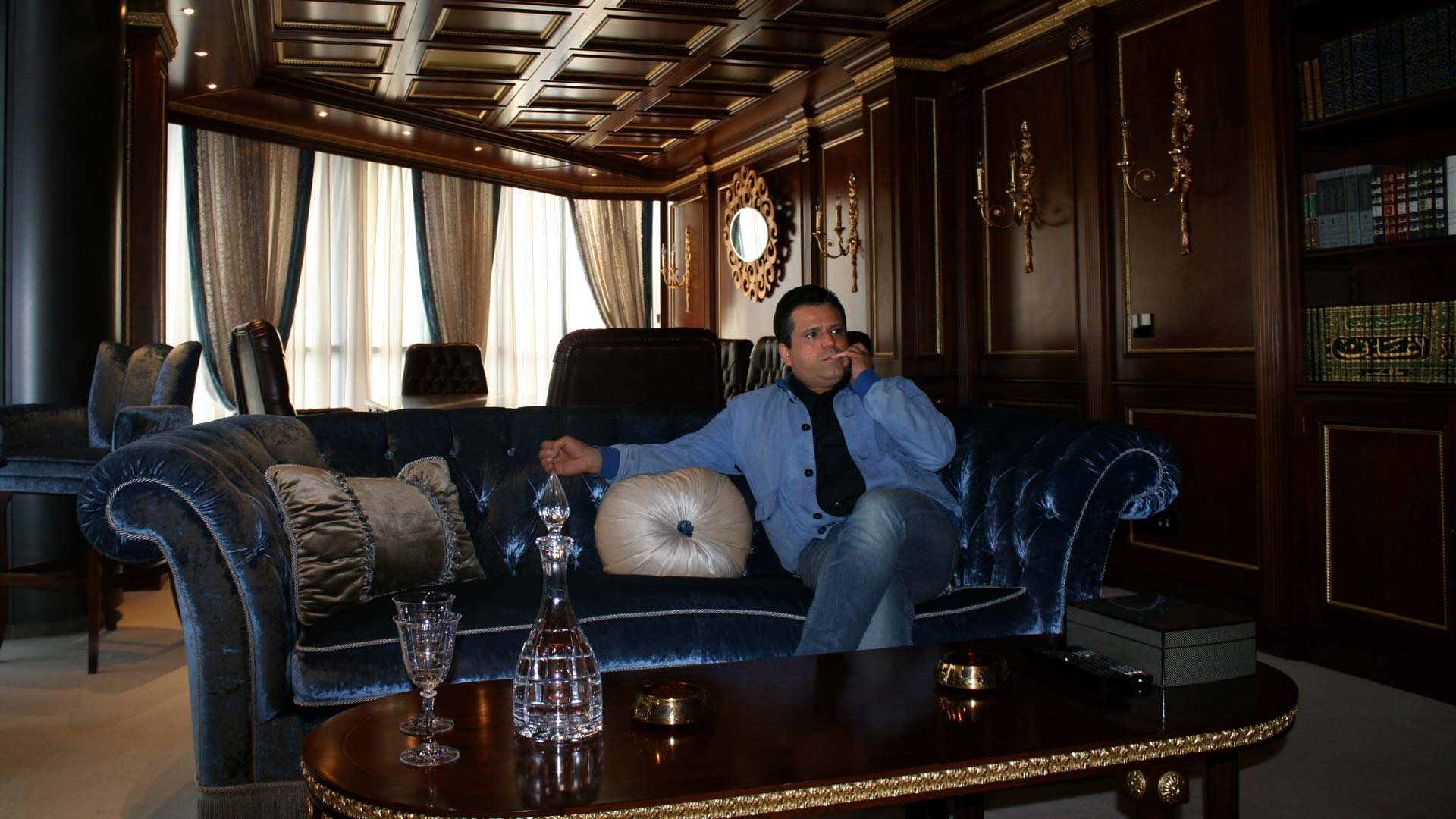 30-tnelec2014-presidentielle-upl-riahi-salon-1920-inkyfada