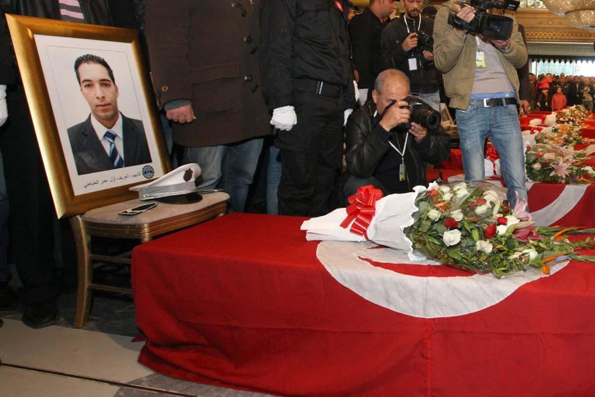 tunisattack-ceremonie-funerailles-gde-presidentielle-focus-terrorisme-tunisier-inkyfada